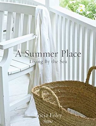 Imagen de A SUMMER PLACE. LIVING BY THE SEA
